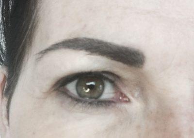 Eye liner 9 2018